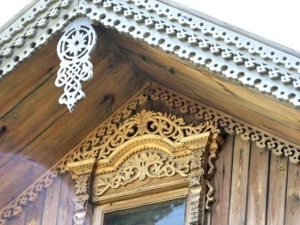 Wooden art of the Ural